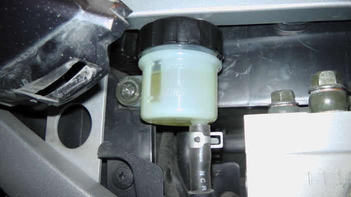 Remvloeistof vervangen met abs